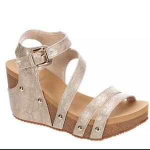 Volatile  Taupe Shiny Encounter Wedge Sandal
